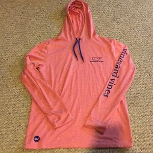 Vineyard vines; size small; pink; no stains